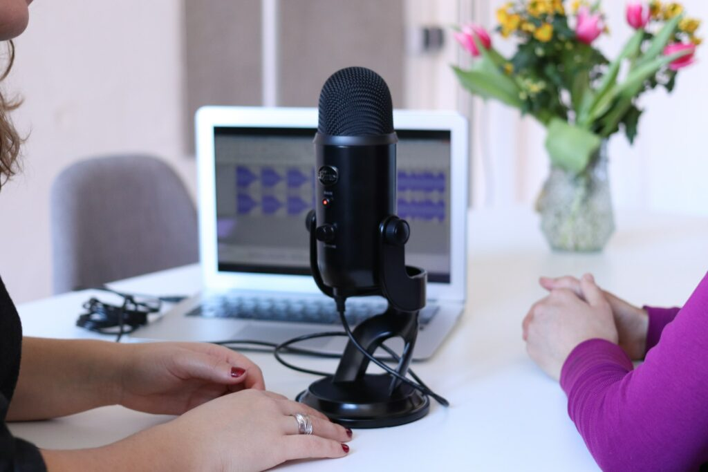 20 Best Entrepreneurship Podcasts to Listen To